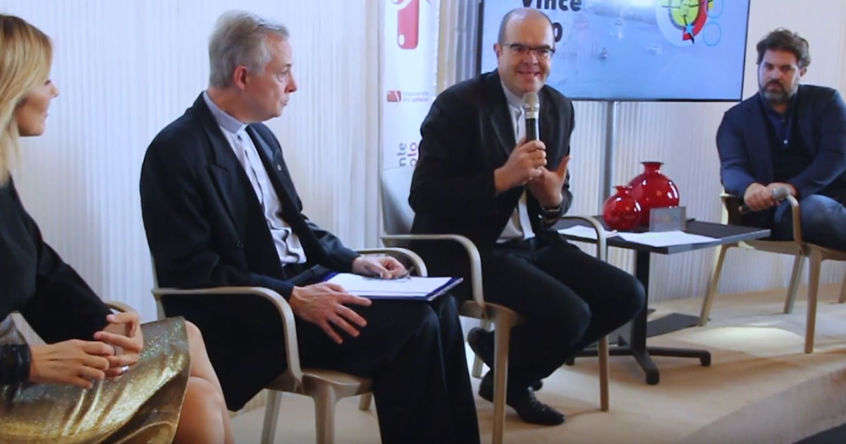 """Conferencia de prensa de """"Encontrando a Vicente 400"""" en el Festival Internacional de Cine de Venecia"""
