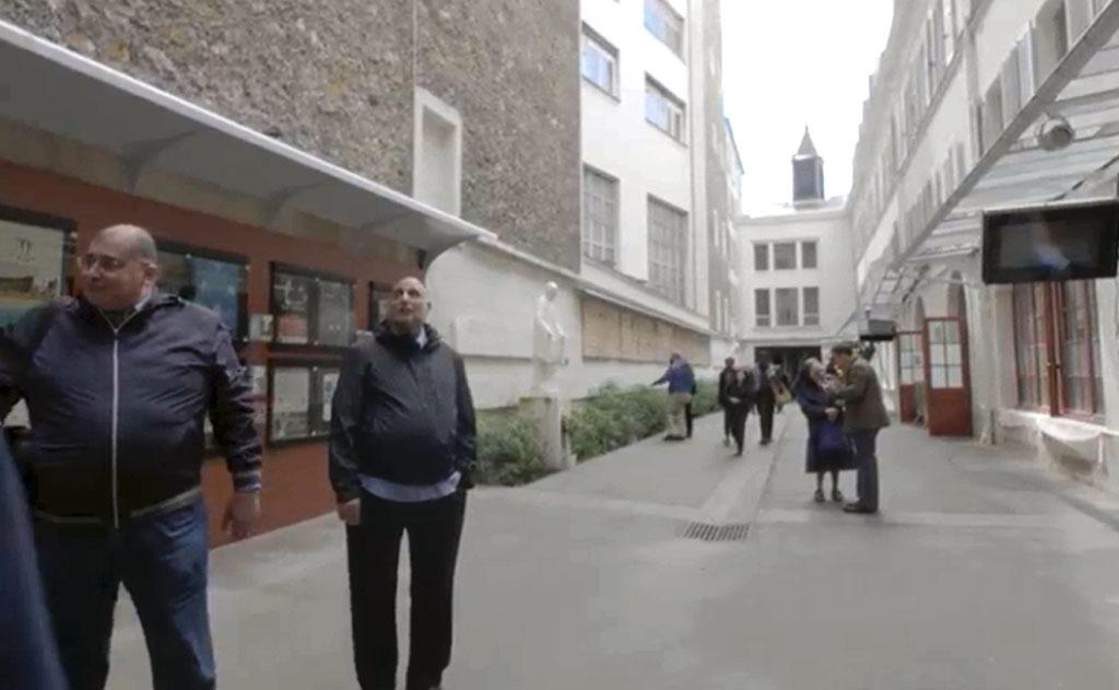 Refleksyjna prezentacja kaplic Domów Macierzystych Misjonarzy i Szarytek w Paryżu